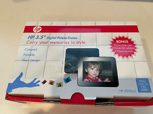 """HP DF300A2 3.5"""" Digital Picture Frame, Brand New In Box"""