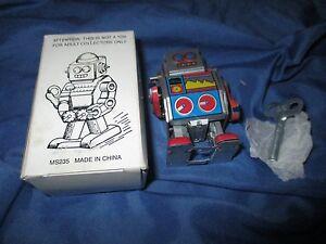 MINI ROBOT Die-Cast Metal/Tin Robot by Schylling w/Wind-Up Key