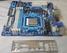 Placa Madre Gigabyte GA-MA78LMT-US2H Socket AM3 con tarjeta de gráficos CPU & I/O Plt