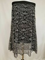 LULAROE LOLA SKIRT XS NWT WHITE FLORAL GEOMETRIC LACE ON TOP w/BLACK UNDERNEATH!