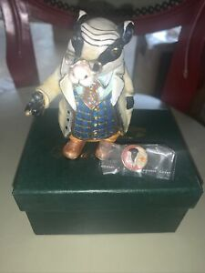 arora hidden treasures Badger With Pin New (LAST PIECE)