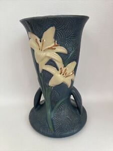 """ROSEVILLE REPRODUCTION POTTERY BLUE ZEPHYR LILY VASE 136-9"""" EXCELLENT CONDITION!"""
