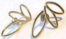 boucles d'oreilles percées bijou vintage couleur or ajouré fin et délicat 1878