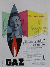 PUBLICITE GAZ DE FRANCE CHAUFFAGE CUISINE SIGNE BOULLERAY DE 1956 FRENCH AD PUB