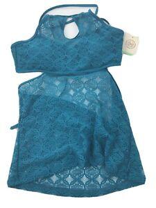 So Green Crochet Ruffle Flounce Halter Bikini Swim Top size Medium (A)