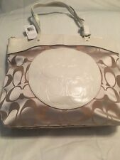 Coach NWT Laura Tote Signature C Fabric and Patent Leather F18335