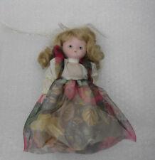 Bambola in porcellana Vintage Dipinta a mano con piedistallo Abito floreale