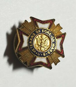 U.S. VETERANS OF FOREIGN WARS -- RED / WHITE / BLUE / GOLD ENAMEL LAPEL PIN