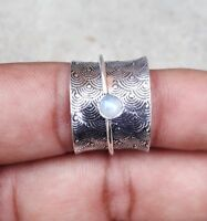 Rainbow Moonstone 925 Sterling Silver Spinner Ring Meditation Ring Size SRR19