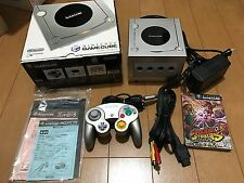 Nintendo Gamecube Console Silver with BOX and Manual, Games
