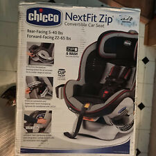 Chicco NextFit Zip Air Convertible Car Seat.Color: Rosso
