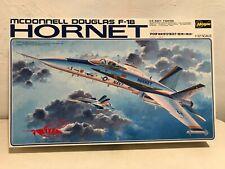 Hasegawa 1/32 McDonnel Douglas F-18 Hornet U.S. Navy Fighter