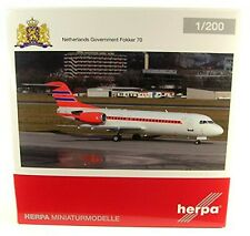 HE557948 Herpa Wings Netherlands Government F-70 1:200 Model Airplane