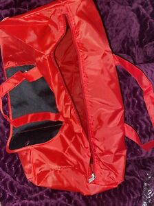 ULTRALIGHT RED DUFFLE BAG