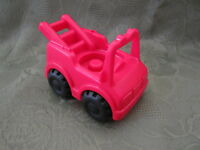 Fisher Price Little People Firetruck fire truck fire station house village city