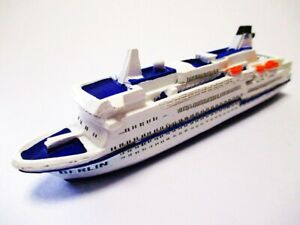 Ship Model Cruise Ship Ms Berlin 4 11/16in Polyresin New
