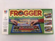 "RARE ANCIEN JEU DE SOCIETE "" FROGGER "" LA GRENOUILLE ASTUCIEUSE PAR MB DE 1983"