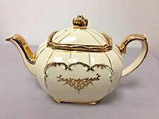Rare Sadler Cube Shape Teapot Cream w/ Gold Trim #1919 - England - BEAUTIFUL!