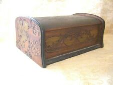 Vintage hand carved Wooden Jewelery/Trinket Box