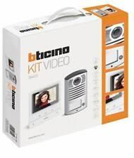 BTICINO 364613 KIT VIDEOCITOFONICO MONOFAMILIARE CLASSE 100V16B PULS. LINEA 2000