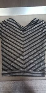 Guess Black /Silver  Metallic Striped Knit Top Sz Small