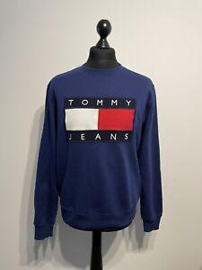 Vintage Tommy Hilfiger Navy Embroidered Pull Over Sweatshirt Jumper Size: Medium