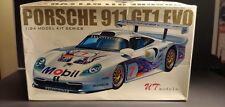 UT  models PORSCHE 911 GT1 EVO 1/24 MODEL KIT SERIES