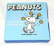 NEW Peanuts Cookie Cutter Keepsake Box Blue Snoopy & Peanuts Cookie Cutters NIB