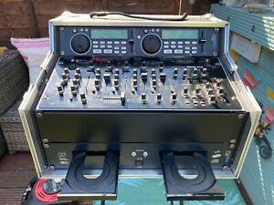 DJ Twin CD player and mixer