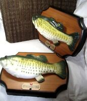 2 GEMMY BIG MOUTH BILLY BASS 1999 Singing Fish Sensation