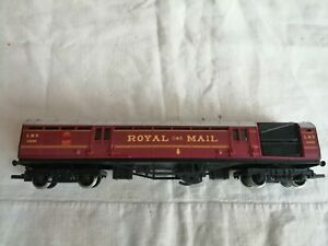 Hornby OO Gauge LMS Royal Mail Coach