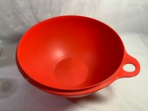 Tupperware Thats a Bowl~RED~32-cup~ NO LID PREOWNED