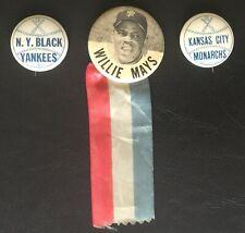 1960s WILLIE MAYS PIN & KANSAS CITY MONARCHS & N.Y. BLACK YANKEES - 1940s PINS