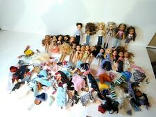 Huge Bratz Doll Lot (22) with Clothes, Shoes,   & Accessories - Year: 2001-2003