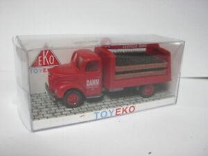 Plastik LKW EKO TOYEKO 2120-ED Ebro Thames Getränke Estrella DAMM H0 1/86