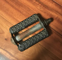"""REPLACEMENT SCHWINN """"WAFFLE"""" BICYCLE PEDAL 1960's"""