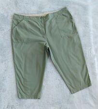 St. John's Bay Woman's Size 24W Military Green Plus Casual Capri Pants