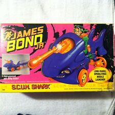 VINTAGE JAMES BOND JR ( SCUM SHARK ) TOY