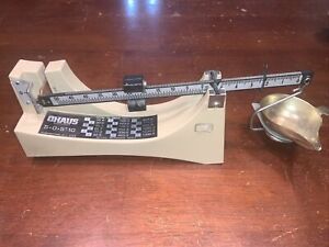 OHAUS 505 SCALE Vintage Powder/ Bullet Reloading 505-10 See Pictures