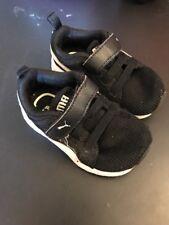 Puma Black Single strap Low Top Children's Shoes Size 5