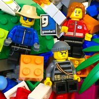 LEGO LOT - 3 LB Bricks and 3 Minifigures - Bulk Minifigs and Pieces from sets