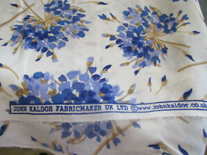 5 METERS JOHN KALDOR BLUE AND WHITE FLORAL CREPE DRESS FABRIC, 60 INCHES