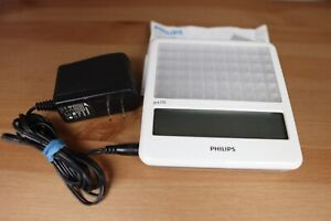 Philips goLITE HF3332 Therapeutic BLU-Light with Charger, Case + Manual