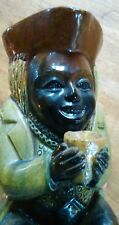 Pichet anthropomorphe, pichet Toby. En terre cuite vernissée. Du XVIIIe ou XIXe.