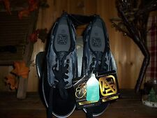 Airspeed Boys Skateboarding Black Camo Shoes Size 7.5 Athletic Footwear Apparel