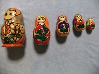 Russian MATRYOSHKA Nesting Doll Set - 5 Floral Theme Dolls with Vibrant Color