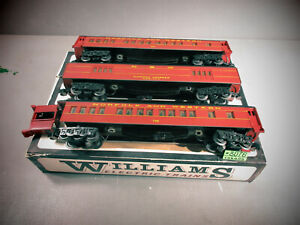 """Williams  3  Norfolk & Western """" Madison Style""""  PASSENGER CARS  O.B. FOR PARTS."""