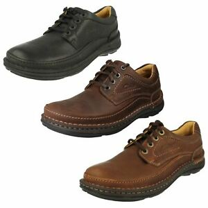 Mens Clarks Active Air Cushioned Ankle Collar Lace Up Leather Shoes Nature Three