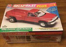 New AMT Ertl 1996 Dodge Ram Dually Snap Fast Plus Model Kit 8237 Sealed NIB