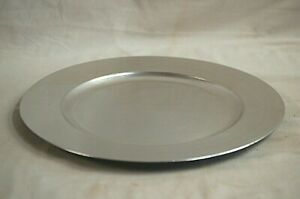 """Gibson Overseas Inc Silver Hard Plastic 13"""" Charger Under Plate Home Decor"""